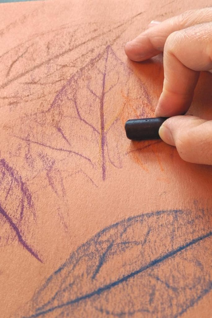 How to rub crayon for leaf transfer - Easy Fall Crafts for Toddlers